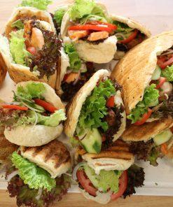 Lekkeressen - Hausgemachtes Fladenbrotsandwich mit Lachs