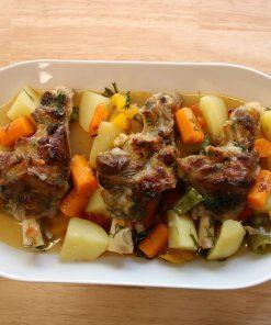 Lekkeressen - Lammhaxe mit Kartoffeln und Paprika